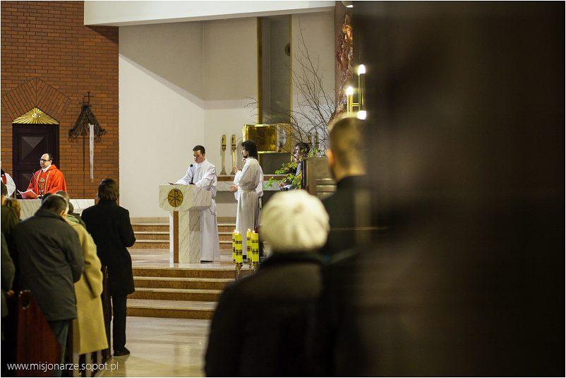 Uroczyste Nabożeństwo Wielkiego Piątku - drugi dzień Triduum Paschalnego