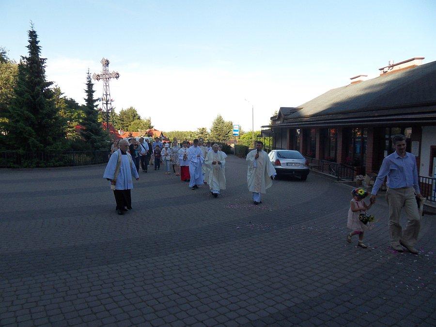 2018-06-22-procesja-na-Oktawe-Bozego-Ciala